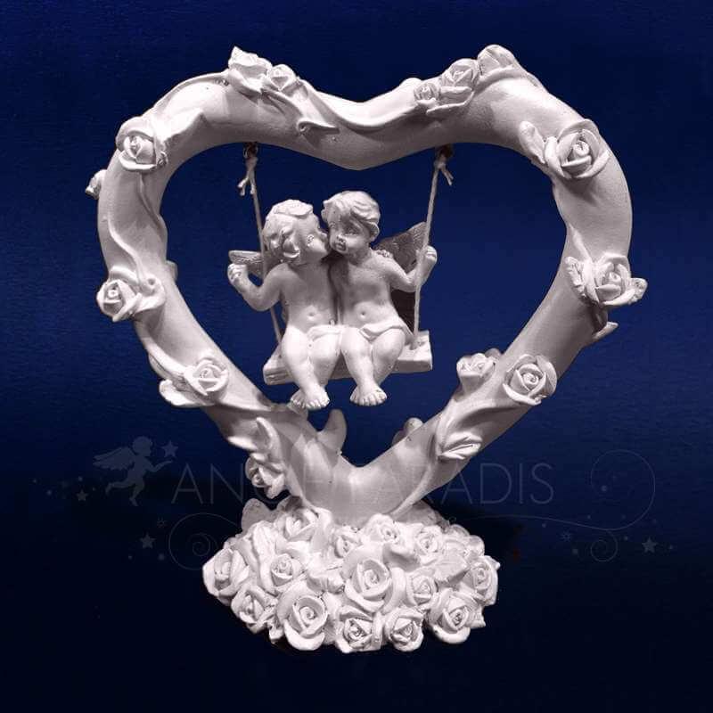 figurines ange bisous la balancoire des anges boutique vente d 39 anges. Black Bedroom Furniture Sets. Home Design Ideas