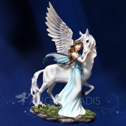 STATUETTE FEE LICORNE ENCHANTERESSE