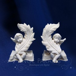 2 ANGELOTS AVEC DES PLUMES