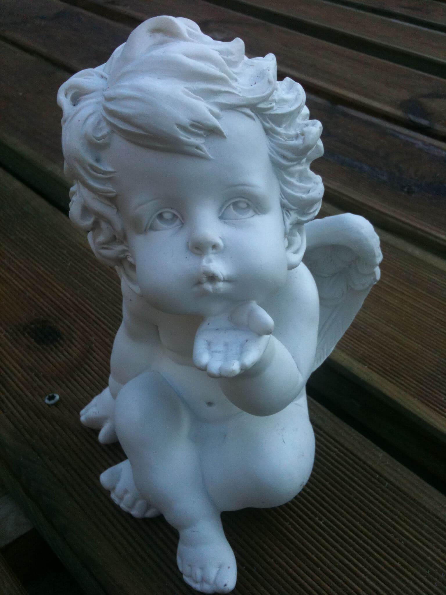 statue d 'ange